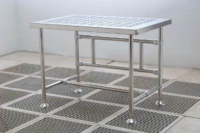 Cleanroom Heavy Duty Table - Perforated Top